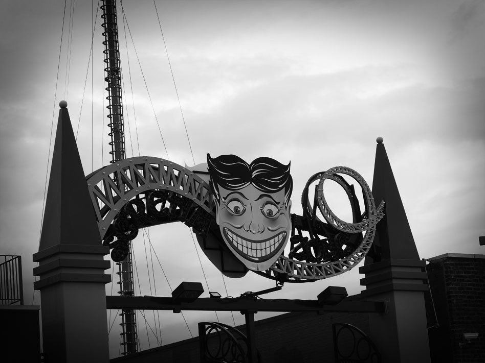Because Coney Island could totally be one of the models for TRAGICA. (photo: mine)